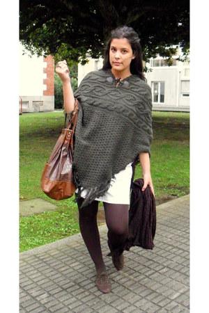 Primark dress - BLANCO shoes - Dayaday bag - Primark cape