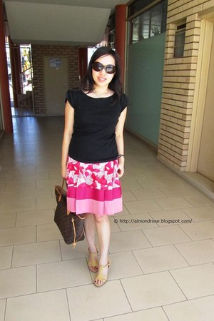 silk Alannah Hill skirt - Vincci shoes - Louis Vuitton bag - Miu Miu sunglasses
