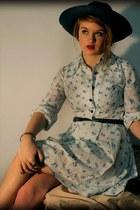 vintage dress - navy blue Debenhams hat - vintage belt