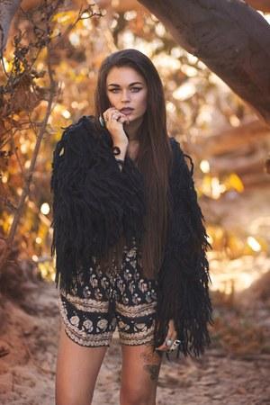 black suede Chinese Laundry boots - black fringe Pretty Attitude jacket
