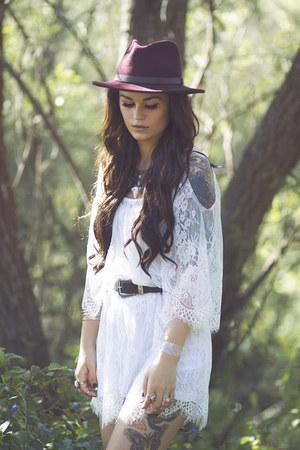 white lace style moi dress