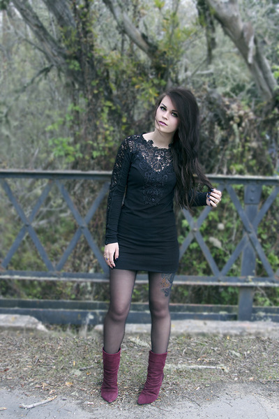 lace Pretty Attitude dress