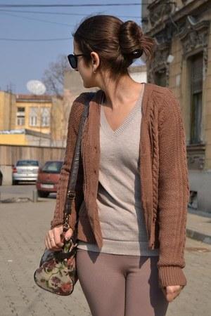 simple Zara blouse