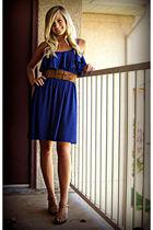 blue dress - brown shoes - brown belt