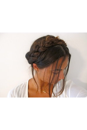 braided hair accessory