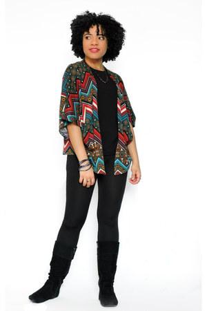 black Old Navy leggings - black H&M t-shirt - brick red Charlotte Russe cape