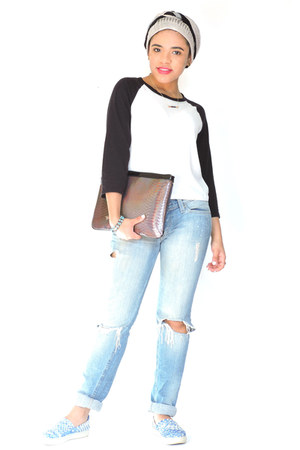 white Forever 21 sweater - sky blue Levis jeans - crimson IfChic bag