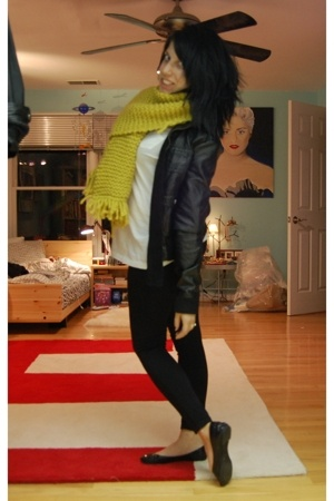 me scarf - Gap shirt - Target sweater - H&M jacket - Marshalls tights - Steve Ma