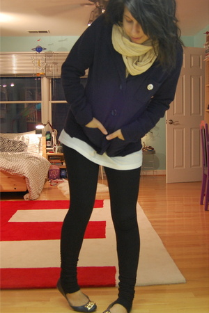 H&M scarf - Gap blazer - Hanes shirt - so low leggings pants - sam edelman shoes