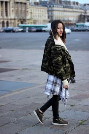 UNIF jacket - nike sneakers