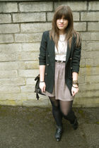 black vintage blazer - beige vintage top - beige asos skirt