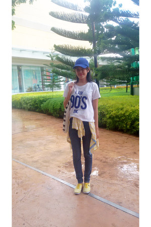 Keds shoes - Zara t-shirt - Forever 21 pants