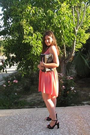 coral Mango dress - black Stradivarius bag - black Stradivarius sandals