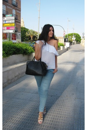 white pull&bear blouse - black fun&basics bag - camel Stradivarius heels