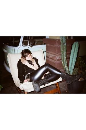 H&M jacket - Forever21 leggings - Converse shoes