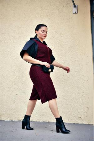 crimson Custom Designs by Alice Marie romper - black lola shoetique boots