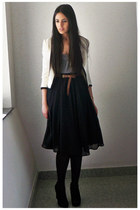 off white H&M jacket - heather gray Bershka jumper - black Zara skirt