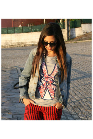 periwinkle H&M t-shirt