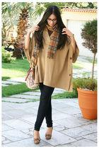 Burberry Camel Scarf