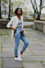 Light-blue-high-waist-mom-thrifted-jeans-off-white-boyfriend-bdg-blazer