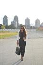Black-pleny-jeans-white-loft-blazer-black-le-chateau-sunglasses