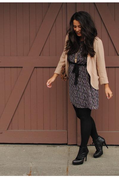 nude Aritzia blazer - black stuart weitzman boots - magenta Plum dress