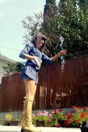 bronze boots - navy belted shirt Berhka shirt - teal denim shorts ga shorts