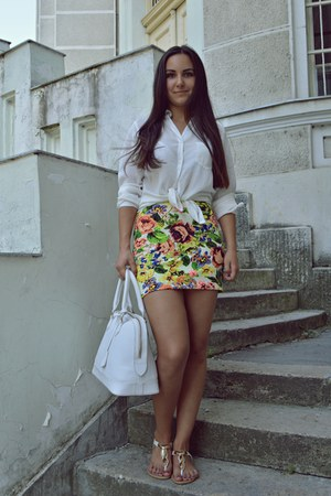 chartreuse redeemed skirt - white bag - white blouse - white sandals