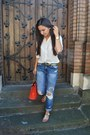 Blue-boyfriend-zara-jeans-red-bag-white-flat-sandals-white-loose-blouse