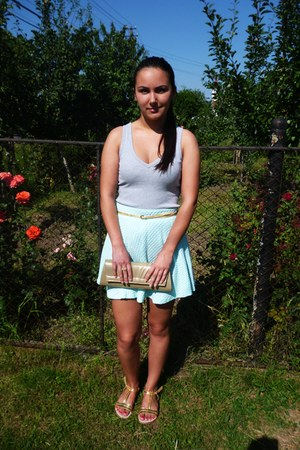 aquamarine short jersey H&M skirt - gold purse - gold Atmosphere belt