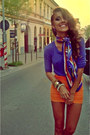 Green-raus-scarf-violet-raus-blouse-carrot-orange-raus-skirt