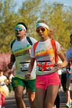 bubble gum sporty H&M shorts - chartreuse simple The Color Run t-shirt