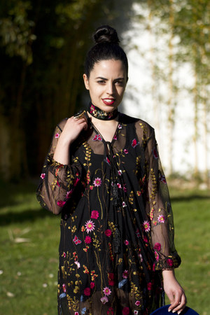black zaful dress - black Parfois necklace