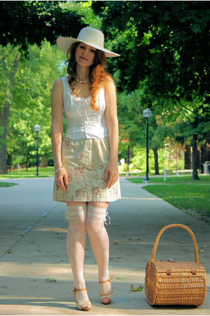 ivory Trasparenze socks - off white silk fredericks of hollywood top