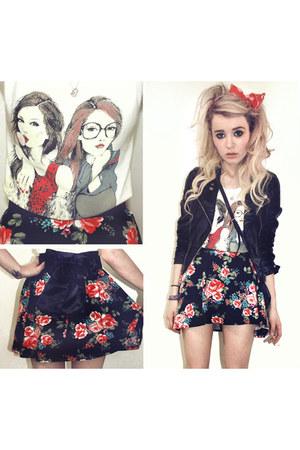 floral vintage skirt - black leather H&M jacket
