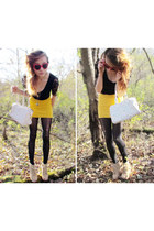 yellow Urban Outfitters skirt