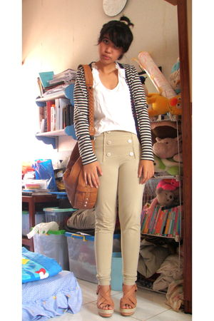 white Forever 21 top - beige Nyla pants - brown Mango bag - brown Nine West shoe