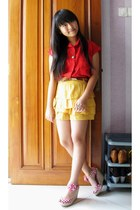 doota shorts - queenbee shop top - Stradivarius wedges