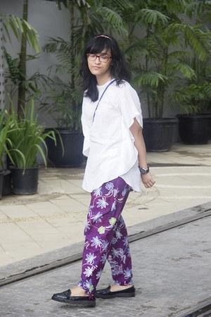 purple batik drsv pants - blue macrame bag - black casual loafers