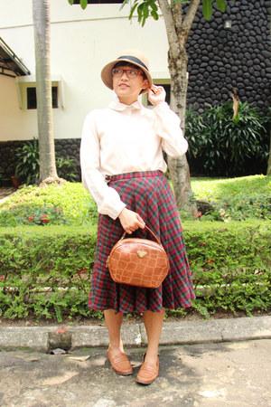 neutral vintage Stanton hat - off white chiffon cotton on shirt