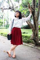 ivory floral vintage shirt - black satchel Celine purse