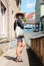 Beige-boater-urban-outfitters-hat-off-white-tote-shakespeare-co-bag