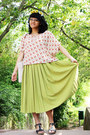 Lime-green-pleated-vintage-skirt-ivory-hand-me-down-bag