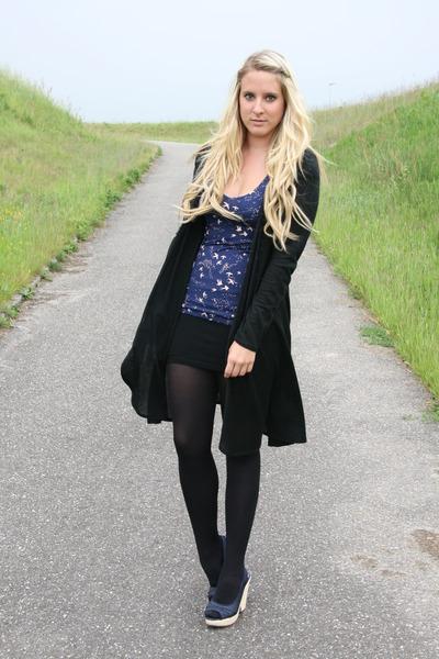 Zara top - Primark shoes - Villa vest
