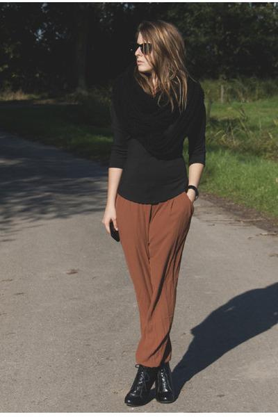 "Brown H&M Pants, Black Vintage Boots, Black Zara Tops | ""A sunny ..."