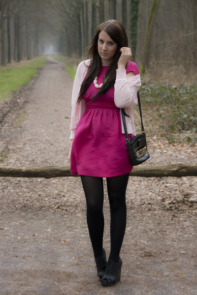 e6b8484d535 hot pink sessun dress - black Moschino bag - light pink sessun cardigan -  black