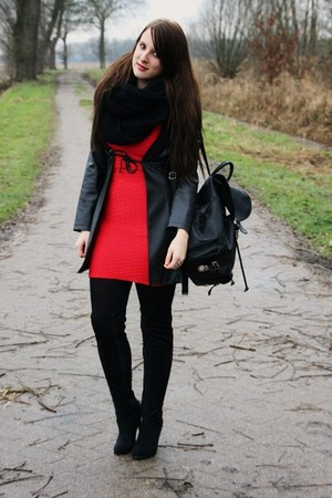 red H&M dress - black vintage jacket