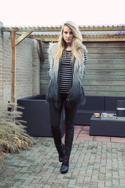 black ankle boots van haren boots - charcoal gray faux fur Vero Moda coat