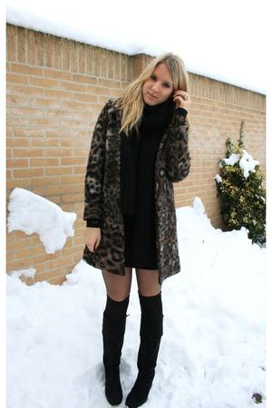brown Zara coat - wearing 3 pairs of tights and socks  tights