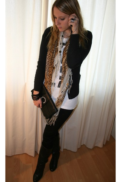 H&M scarf - H&M shirt - Only vest - H&M jeans - H&M bracelet